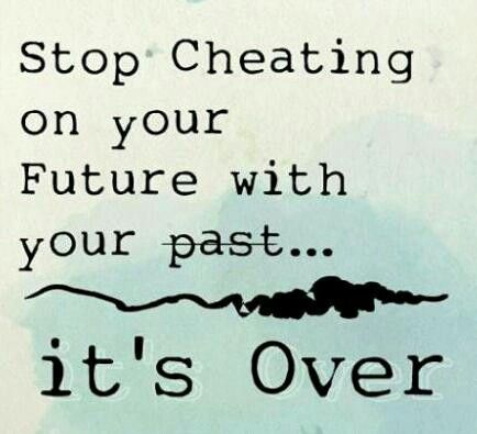 26 Quotes about Leaving the Past Behind and Moving On